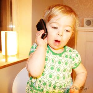 een mobiele telefoon mamameteenblog.nl