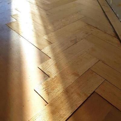 reparatie houten vloer mamameteenblog.nl